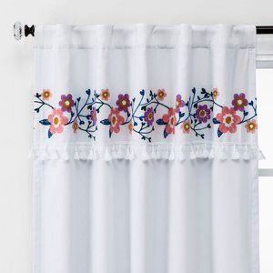 Pillowfort Blackout Curtain White Floral 42 x 84